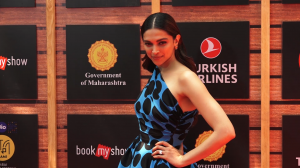 Deepika Padukone stuns in a polka dot dress; Janhvi Kapoor and Ananya Panday's style is on point at MAMI 2019