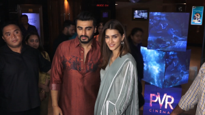 Panipat stars Kriti Sanon and Arjun Kapoor gave us desi vibes as they get papped while promoting their film