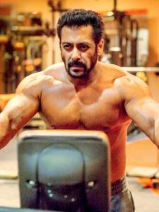 Find out the secrets behind Salman Khan's chiselled body