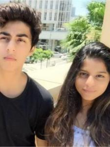 PHOTOS: Suhana and Aryan Khan's sibling moments are too cute to miss; Check it out