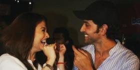 Aishwarya Rai enjoys Hrithik Roshan's company at a screening and we wonder what joke he cracked; Throwback Pic