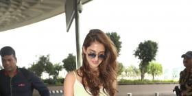 PHOTOS: Disha Patani's latest airport look is easy, breezy and all things stylish