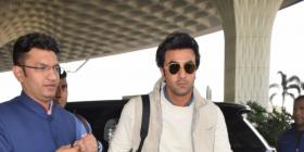 WATCH: Ranbir Kapoor obliges a young fan with a photo as he gets spotted at the airport