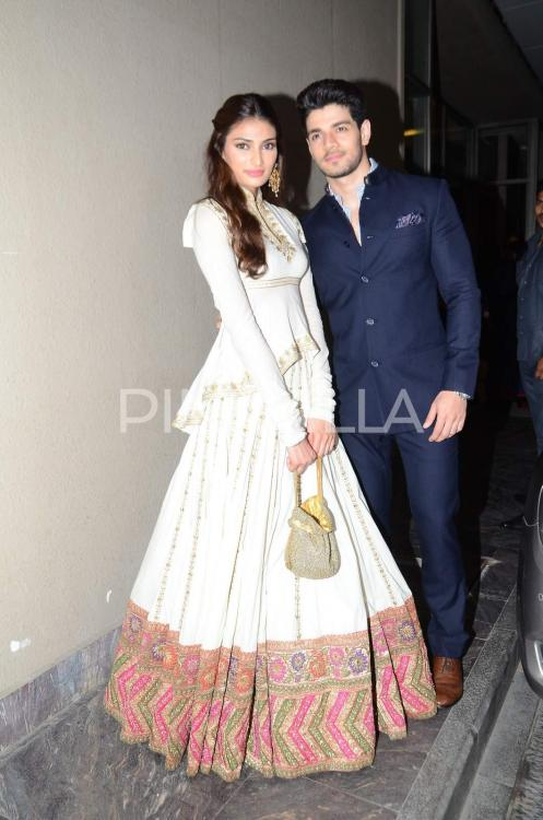 sooraj and athiya relationship goals