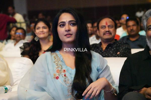 Anushka Shetty FINALLY breaks silence on dating a cricketer