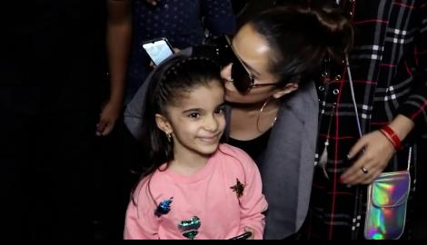 When Shraddha Kapoor adorably kissed a little fan as she arrived at the airport
