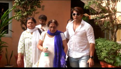 Karanvir Bohra, Drashti Dhami, Sushant Singh and others seen at Kushal Punjabi's funeral