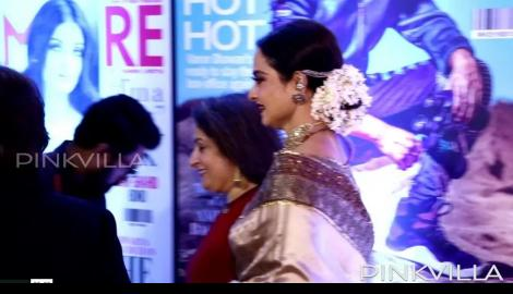 Rekha and Kajol are a class apart at the FGS Awards night!