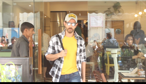 Hrithik Roshan looks dapper as he gets snapped stepping out of a restaurant