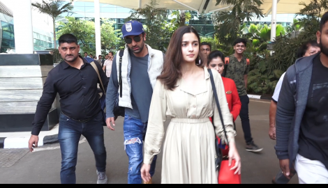 Alia Bhatt and Ranbir Kapoor get papped at the airport
