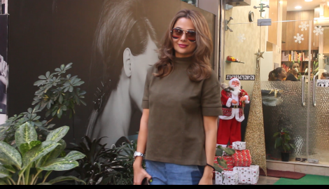 Amrita Arora and Sunny Singh keep it casual as they get spotted in the city