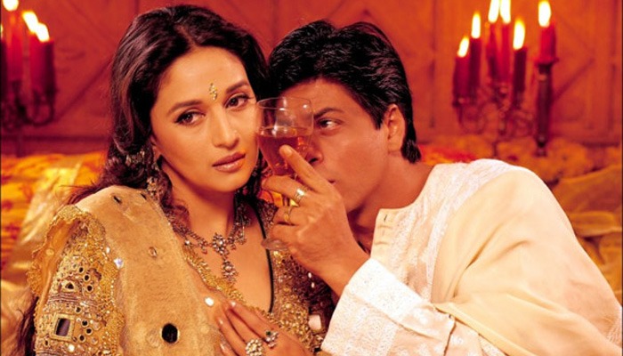 Image result for shahrukh khan and madhuri dixit kiss