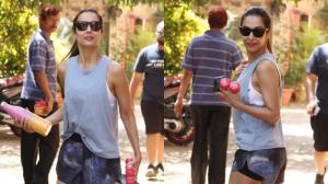PHOTOS: Malaika Arora is all set for workout as she gets papped outside the yoga studio