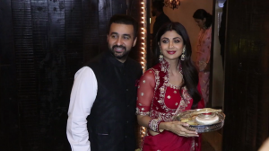 Raveena Tandon, Shilpa Shetty and other stars celebrate Karwa Chauth at Sonam Kapoor's residence
