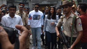 Abhishek Bachchan steps out to vote with Aishwarya Rai Bachchan; Hrithik Roshan and Anil Kapoor also cast vote