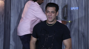 Dabangg 3 star Salman Khan arrives in style as he promotes the film on the sets of Big Boss 13