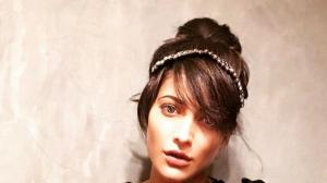 Shruti Haasan's indoor quarantine photoshoot shows a little vanity never hurt anyone; See PHOTOS