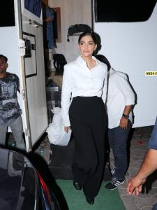PHOTOS: Sonam Kapoor flaunts a black and white semi casual look at an event