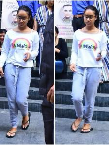 Nysa Devgn snapped with her mom Kajol outside a salon
