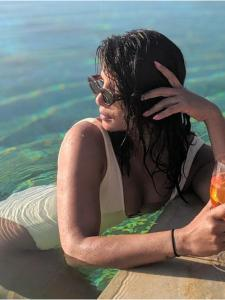 Priyanka Chopra makes us fall in love with her holiday photos; Check it out