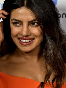 Priyanka Chopra Jonas' smile in the CANDID pictures will steal your heart