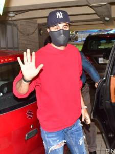 PHOTOS: Ranbir Kapoor sports a cool look as he is papped outside a dubbing studio