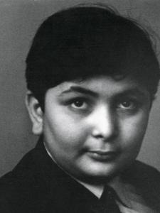 Rishi Kapoor Birthday Special: Check out THESE unseen pics of the actor as he turns a year older
