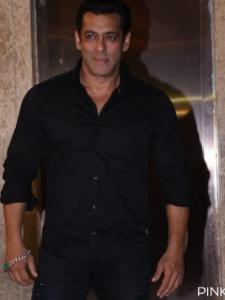 Salman Khan: 5 Expensive gifts given by Bhaijaan to his loved ones; Check it out