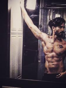 Shahid Kapoor's sexy shirtless pictures will leave you out of breath Watch PHOTOS