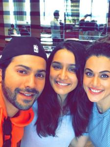Varun Dhawan shares an amazing bond with co stars Sara Ali Khan, Shraddha Kapoor, Alia & others; Here's Proof