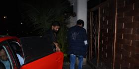 Birthday girl Alia Bhatt receives midnight wishes from beau Ranbir Kapoor at her apartment; view PICS