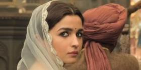 Kalank Box Office Collection Day 3: Varun Dhawan & Alia Bhatt multi starrer fails to rake in the moolah