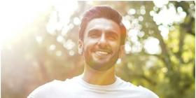 Ranveer Singh turns into a fireball of sunshine in THIS photo but his cute smile causes 'Bawal' among fans
