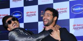 PHOTOS: Ranveer Singh's bromance with Shahid Kapoor & Siddhant Chaturvedi at an event is a must watch