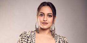 EXCLUSIVE: A fan asks Sonakshi Sinha if she ever dated Shahid Kapoor; her reply is bang on