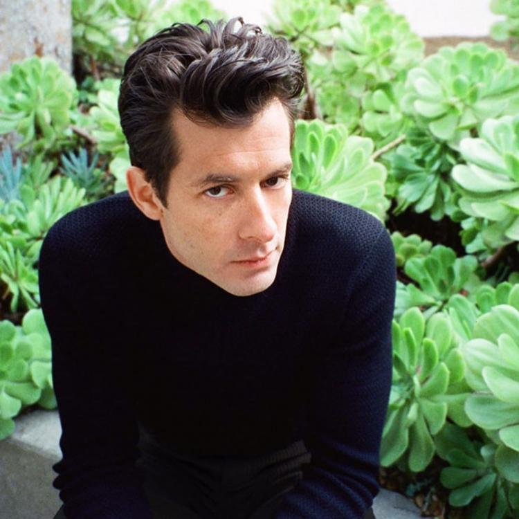 Mark Ronson says he is ready to exchange his fame and success for a family