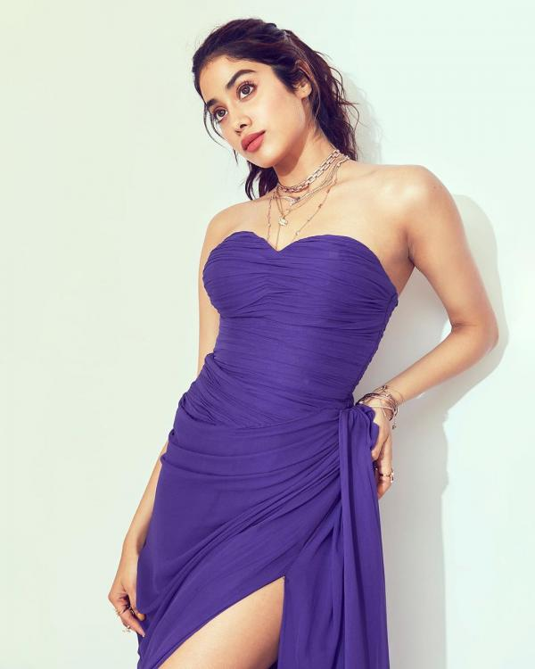Janhvi Kapoor leaves the world gasping in a thigh high slit purple dress and it is perfect for a romantic date