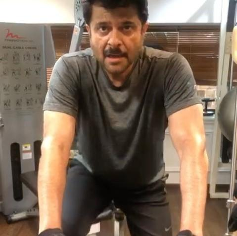 Coronavirus outbreak has not stop Anil Kapoor from working out