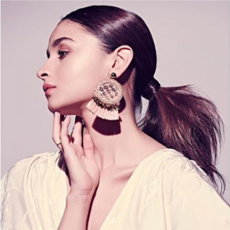 Alia Bhatt proves that she is a real fashionista in her latest photoshoot; see pics