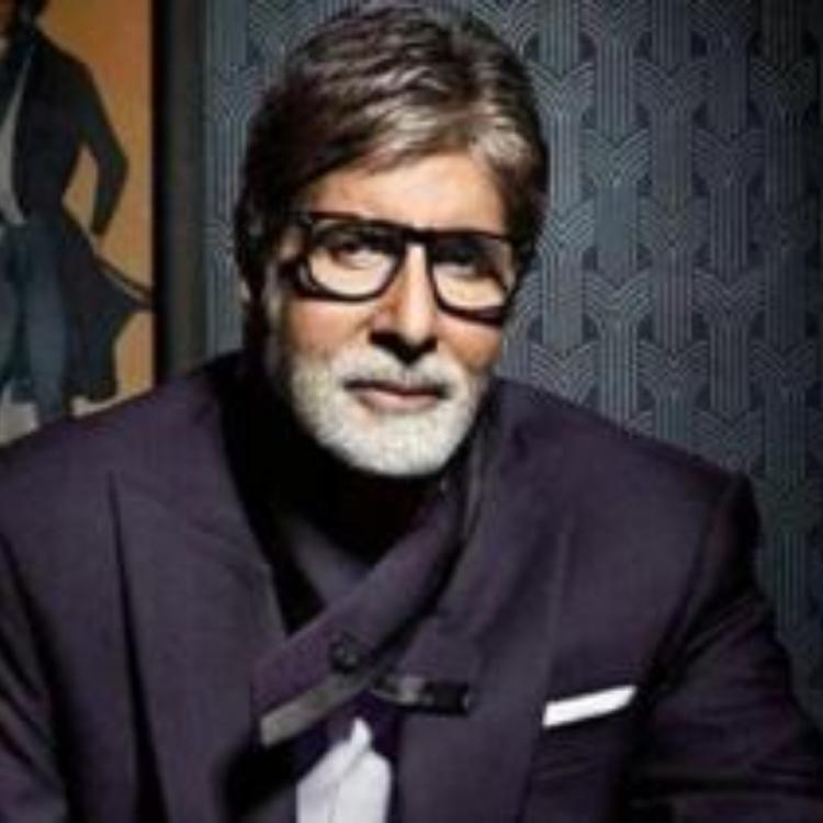 Amitabh Bachchan ignores reacting on Manikarnika controversy, refrains from speaking to the media