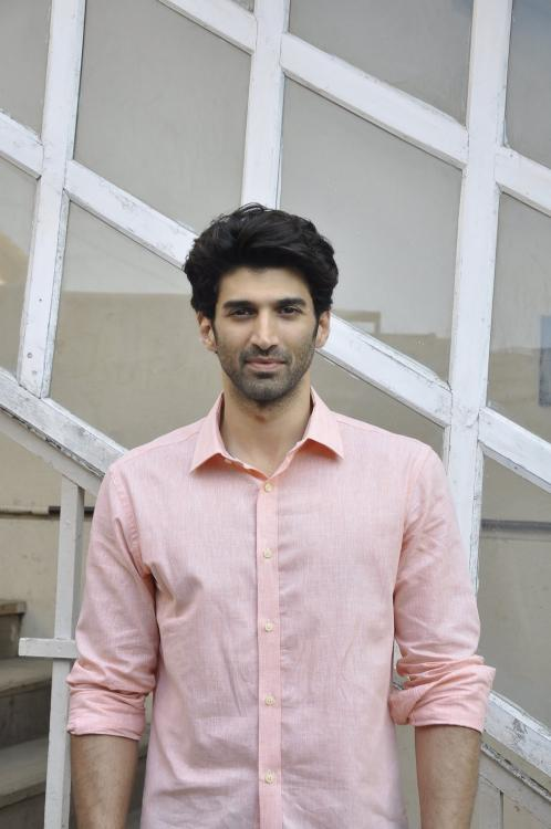 Aditya Roy Kapur has THIS to say about his relationship status