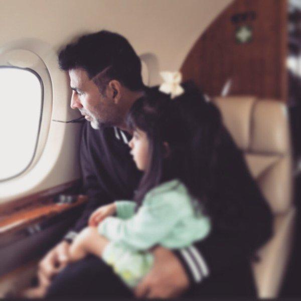 Good Mother Son Dance Songs: Awww! You Have To See This Cute Picture Of Akshay Kumar
