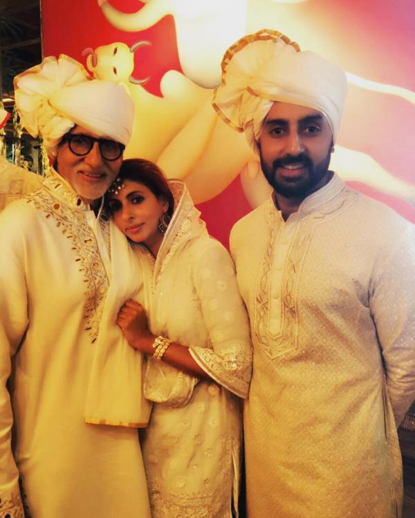 WATCH: Amitabh Bachchan introduces son Abhishek and daughter Shweta in this throwback video
