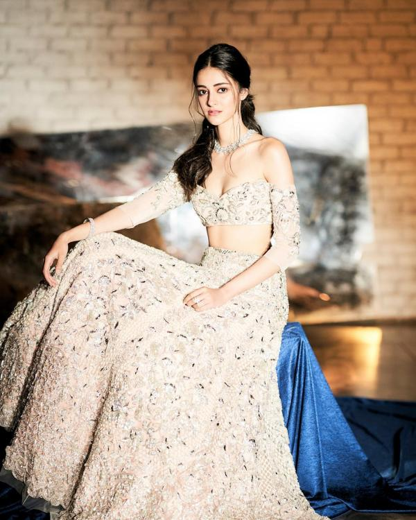 Photos,student of the year,Ananya Pandey