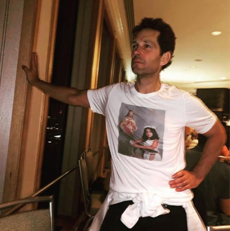 Selena Gomez hung out with Paul Rudd and Olivia Wilde.