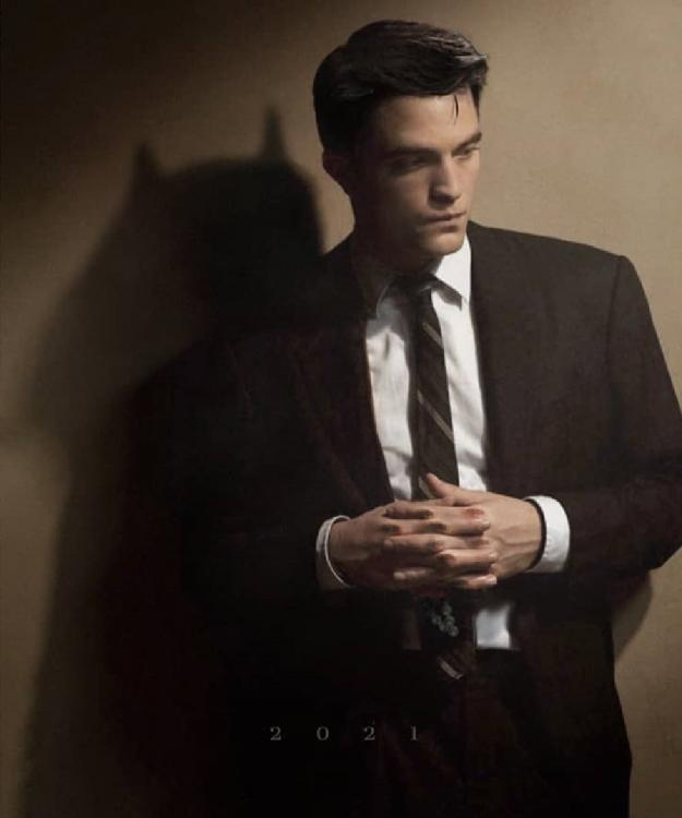 What? Twilight star Robert Pattinson to be seen playing Batman in the next DC movie?