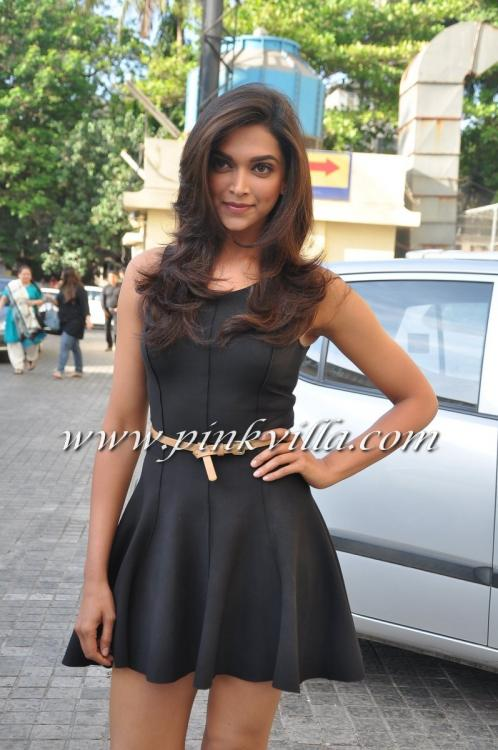 Deepika Padukone At The Trailer Launch Of Yeh Jawaani Hai