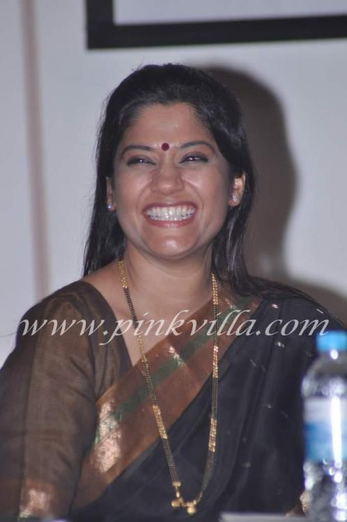renuka shahane wedding photos