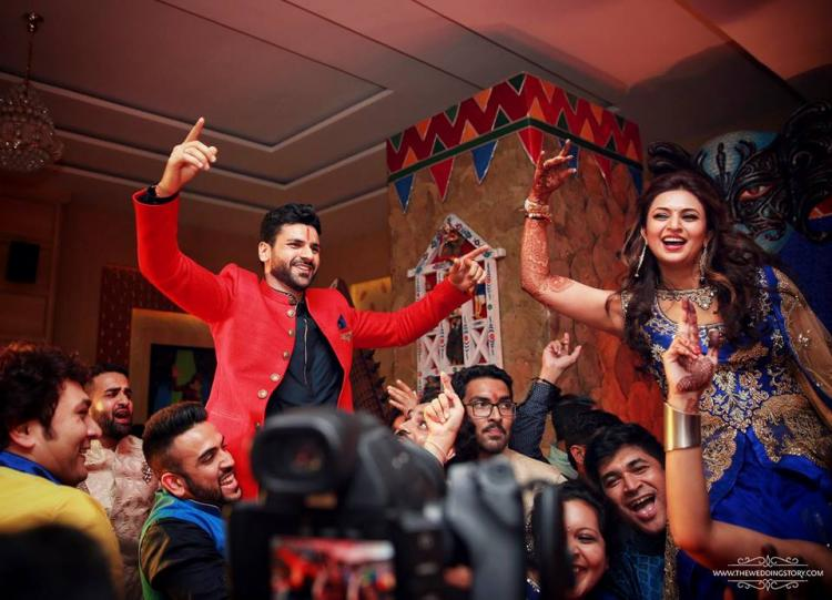 Divyanka Tripathi Mehndi Ceremony : Sangeet photos divyanka and vivek make a handsome couple pinkvilla