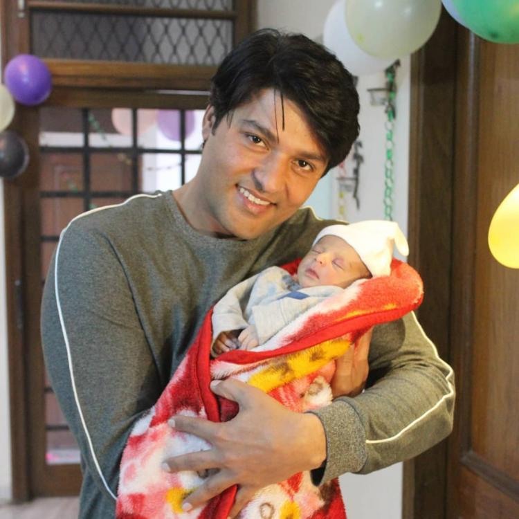 Diya Aur Baati Hum fame Anas Rashid shares the first picture of his daughter Aayat